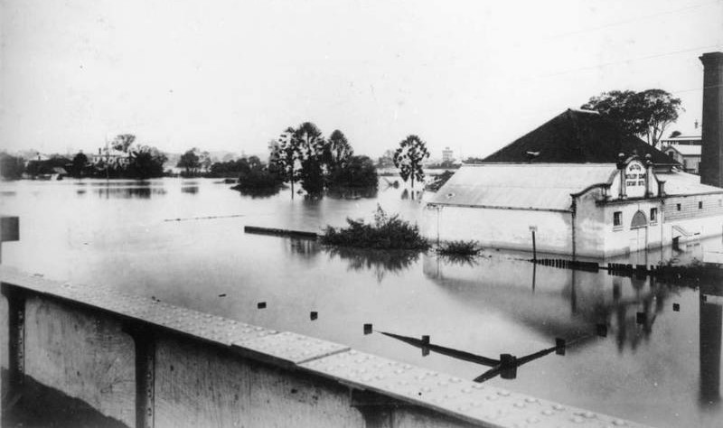 The Milton Distillery in flood in 1890.