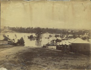 1893 flood taken from the Rosalie Torwood area looking towards old Bishopsbourne. (State Library of Queensland, Image number: 6288-0001-0001)
