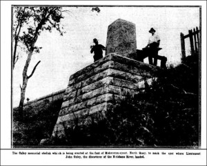 The Oxley Obelisk being constructed (The Brisbane Courier, 4 January 1928, p16)