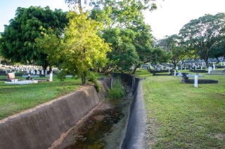 toowong-cemetery-01